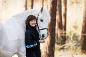 Simon, Haflingermix, Pferd und Mensch, Reiter - Pferdefotografie und Tierfotografie in Potsdam von Sophia Zoike Photography